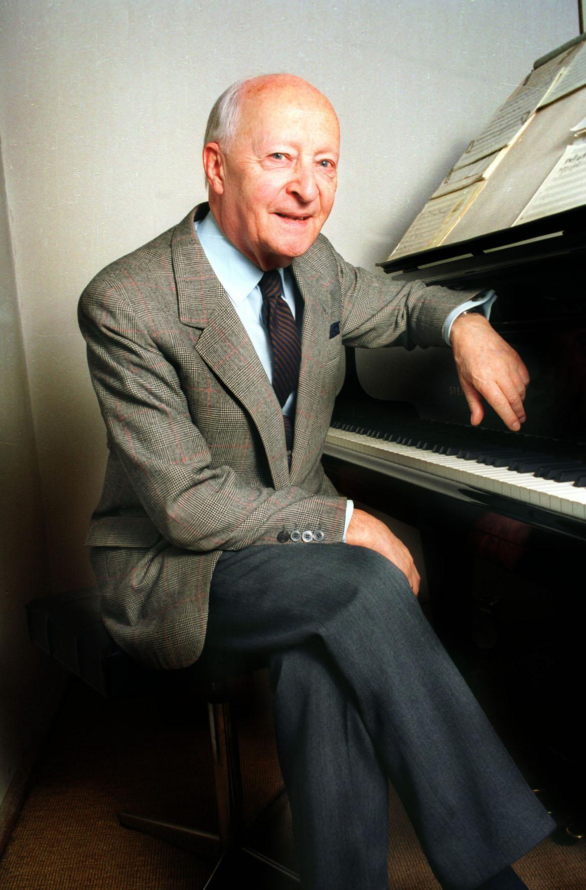Witold Lutosławski nel 1992.